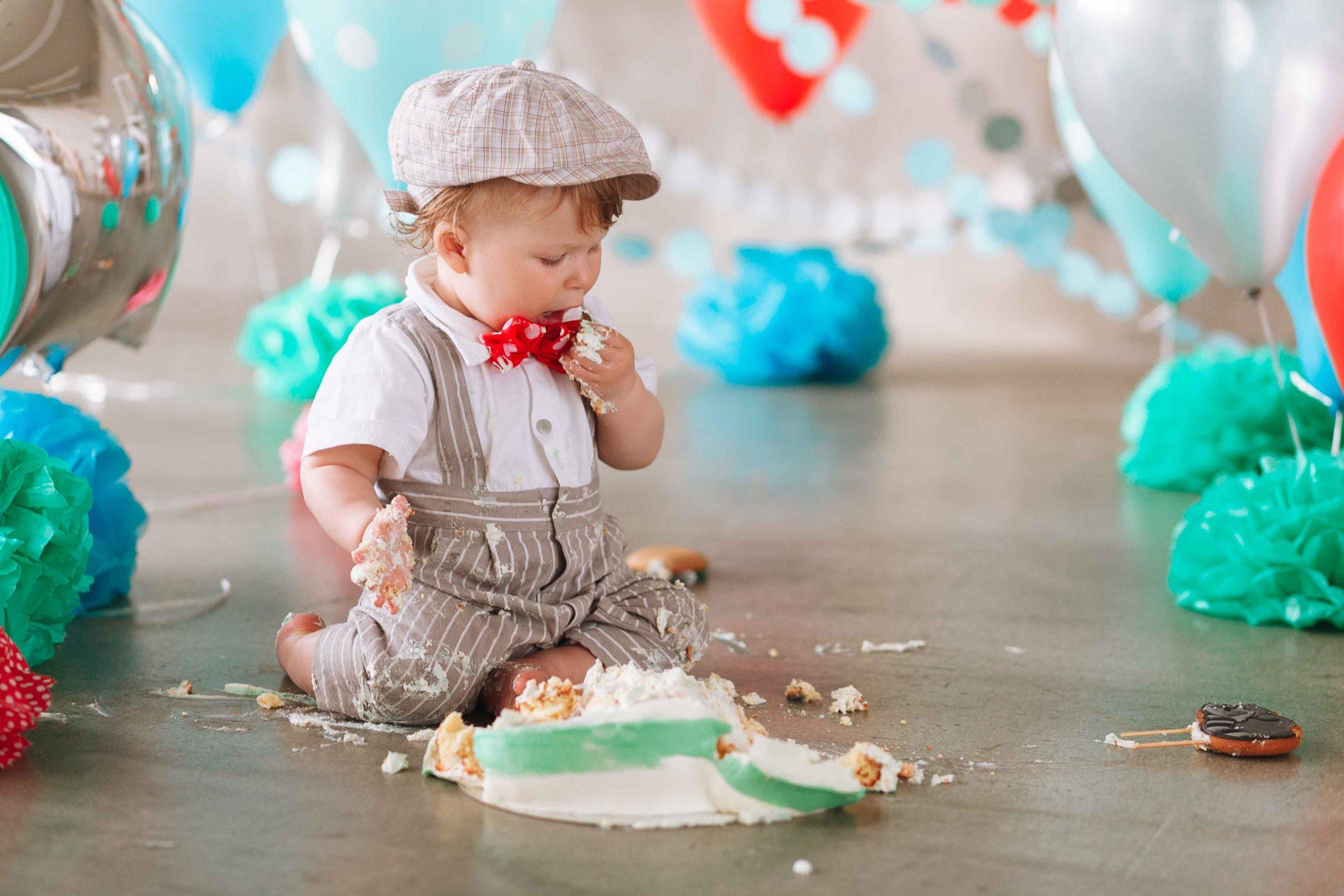 cake smash photography Adelaide